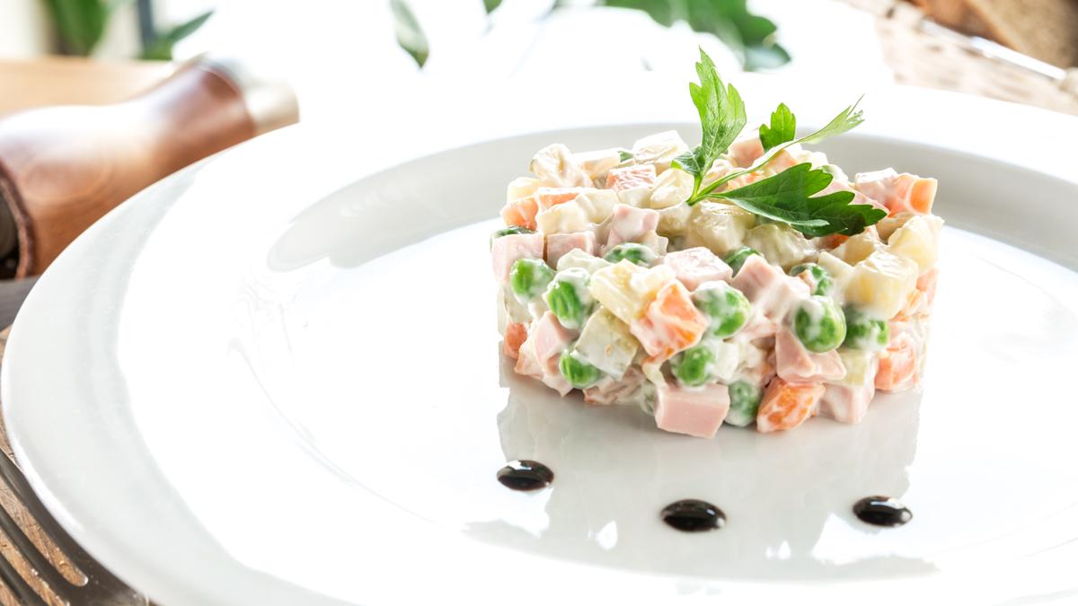 12 нетрадиційних рецептів салату «Олів'є»
