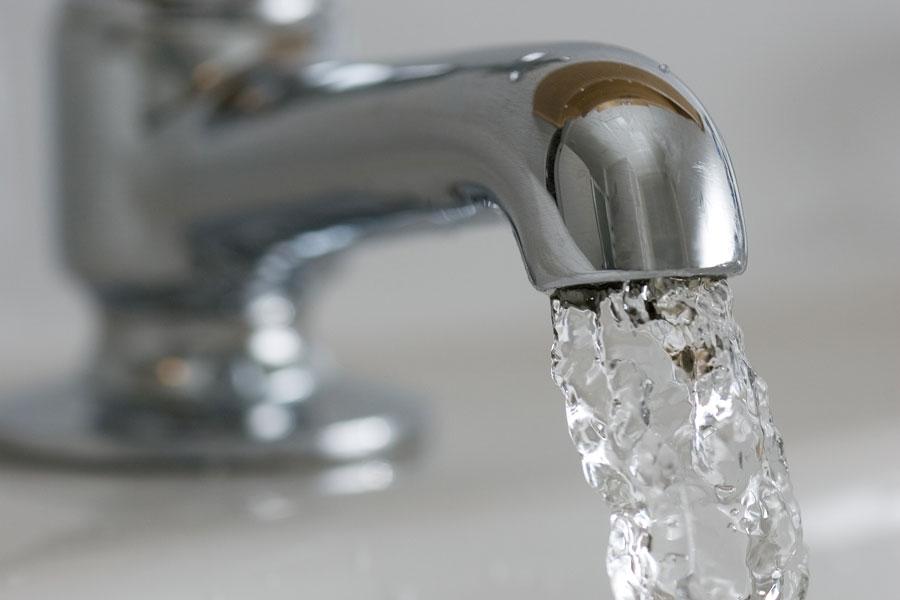 6 тривожних сигналів про те, що ви п'єте мало води6