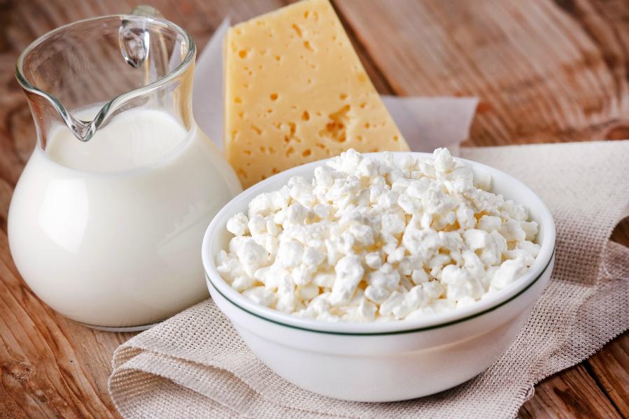 кисломолочний сир