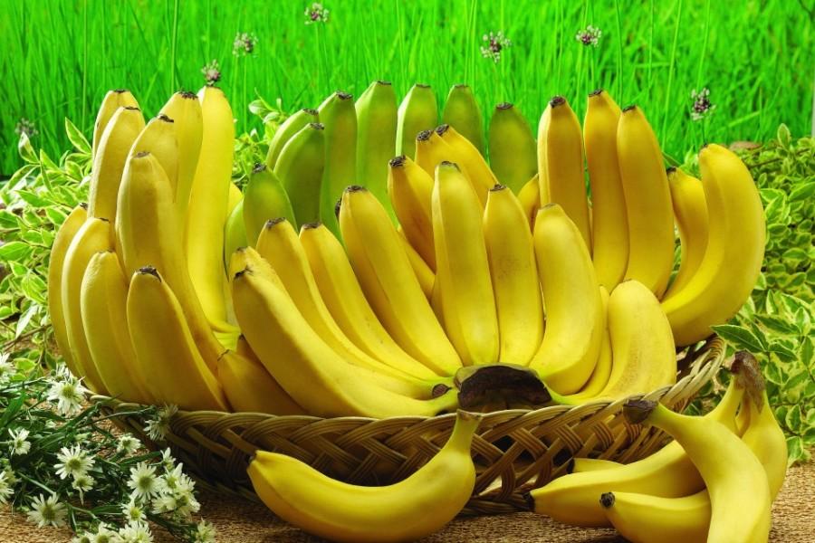 960x640_fruktyi-banan-korzina