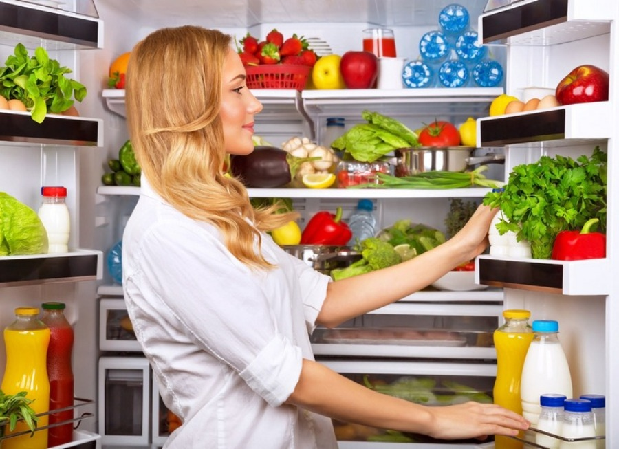 15 продуктів, які не можна зберігати в холодильнику