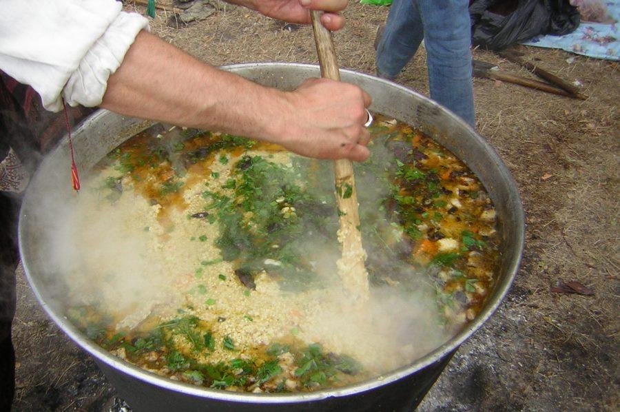 Чим годує солдатська кухня