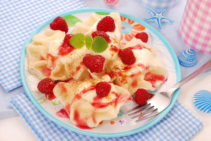 5 рецептів вареників з ягодами