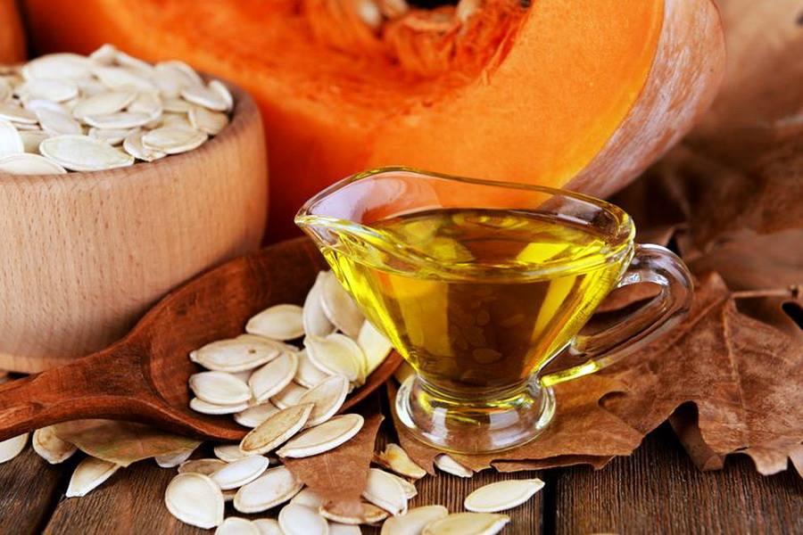 8 рослинних олій, які варто ввести у свій раціон. Гарбузова